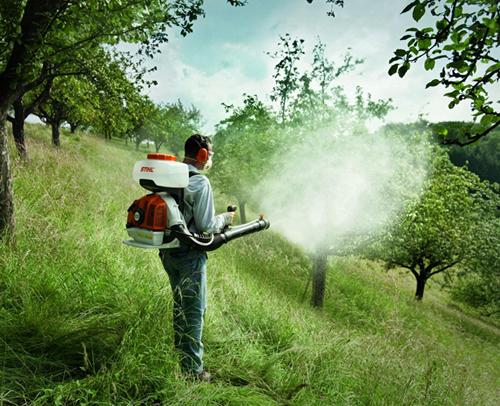 уничтожение клещей на дачном участке, компания Home-Green-Garden;